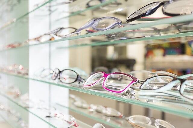 Hintergrundbild für Fachberater Augenoptik (m/w/d)