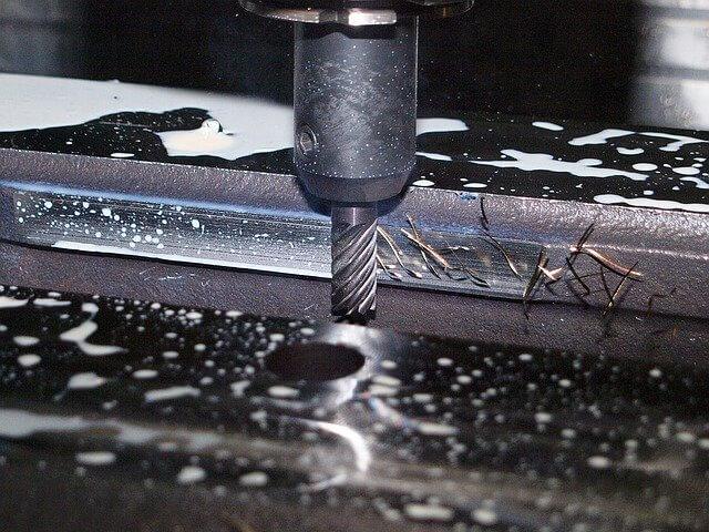 Hintergrundbild für Zerspanungsmechaniker / CNC-Dreher & Fräser (m/w/d)