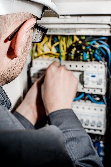Hintergrundbild für Elektroniker / Elektriker / Servicetechniker (m/w/d)