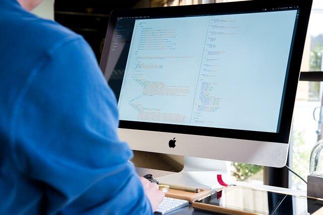 Hintergrundbild für Softwareentwickler (m/w/d)