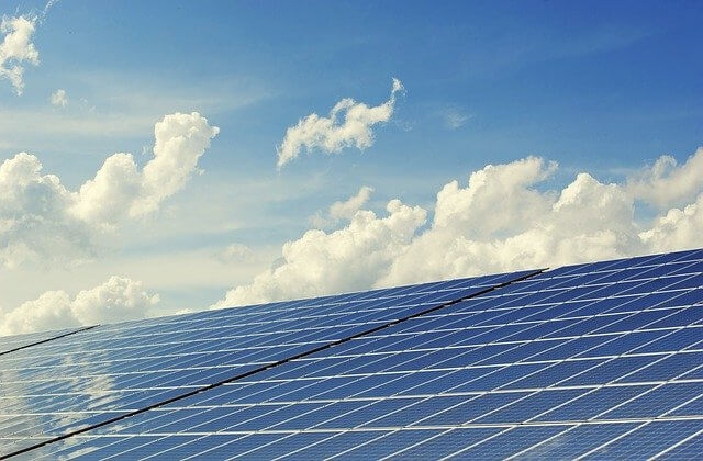 Hintergrundbild für Technischer Leiter / Projektleiter (m/w/d) für Photovoltaik / Solarstrom