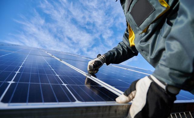Hintergrundbild für Elektriker / Elektroniker / Servicetechniker (m/w/d) für Photovoltaik
